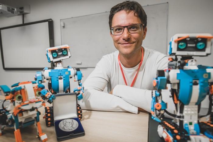 Martin čadra roboti